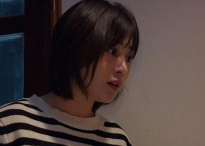 Loạt áo len nhìn là hãi của Phương Oanh trong Hương Vị Tình Thân