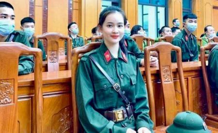 nu-tan-binh-yen-bai-len-duong-nhap-ngu-nhan-sac-thu-hut-moi-anh-nhin-259.html